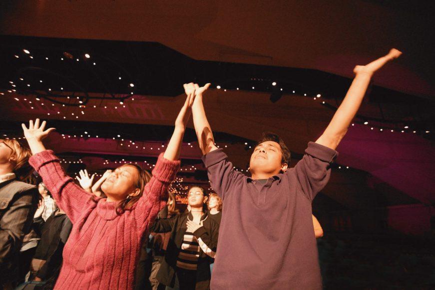worshiping-arena-should we worship the messiah