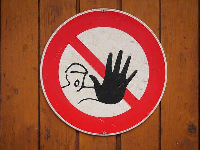 danger sign - hand stop