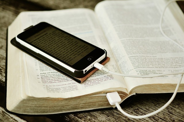 bible-book-phone
