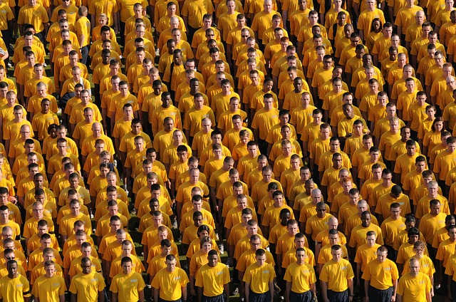 gather-men-crowd